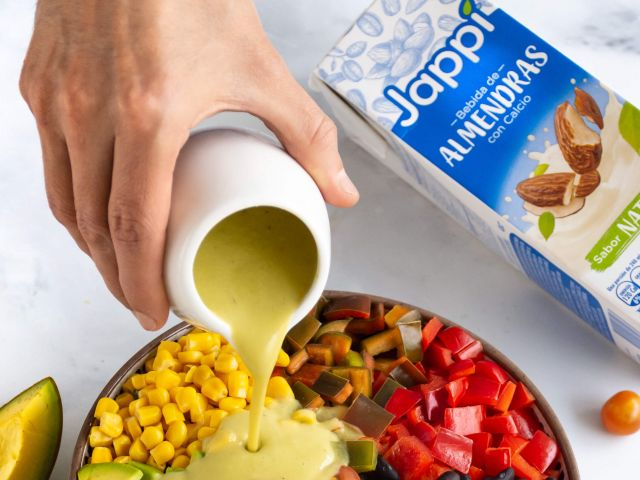Aderezo de Aguacate con la bebida de Almendras Jappi® Natural